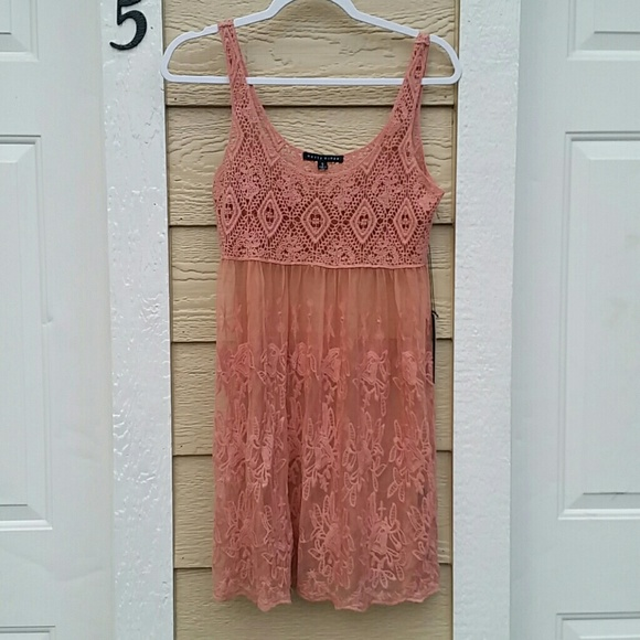 d07eeeff702f Pretty Pink Sheer Lace Cover-up. NWT. Haute Monde